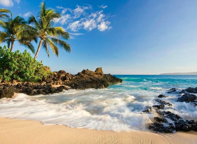 Mauis-Secret-Beach